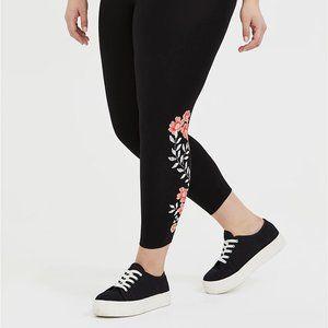 Torrid 0/3/4X Leggings Black Pink Embroidered Crop
